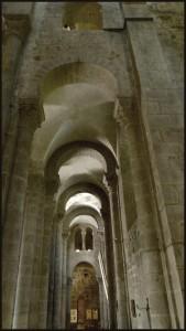 La basilique d'Orcival Bas-coté